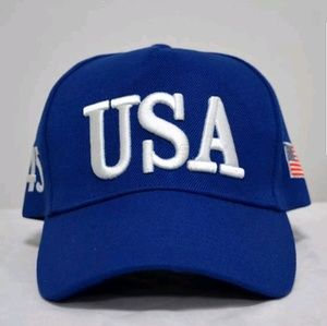 USA 45 with Flag blue hat and a silicone bracelet
